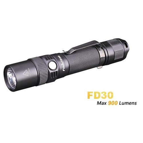 torcia-led-fenix-fd30-xp-l-hi-900-lumen-con-zoom-new-version
