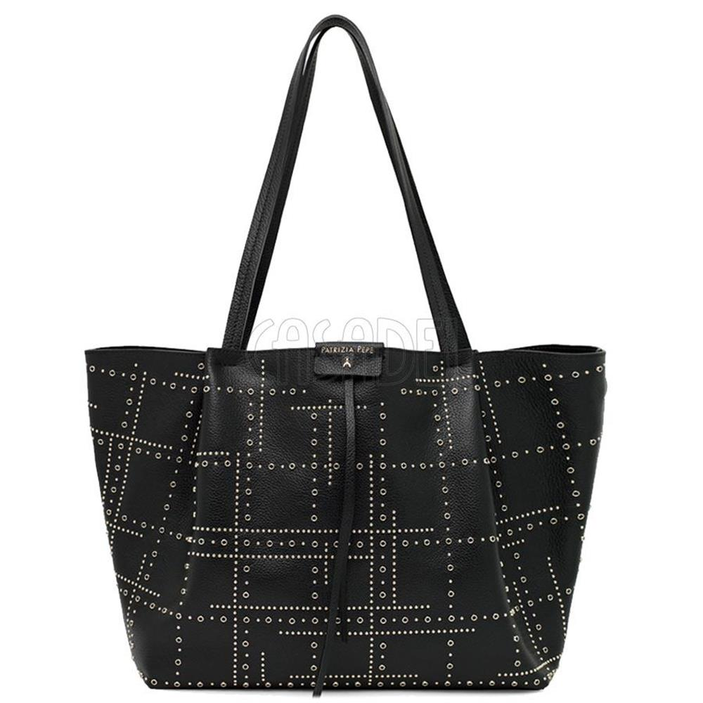 borsa-shopping-grande-patrizia-pepe-in-pelle-2v8896-k103-borchie-black_medium_image_1