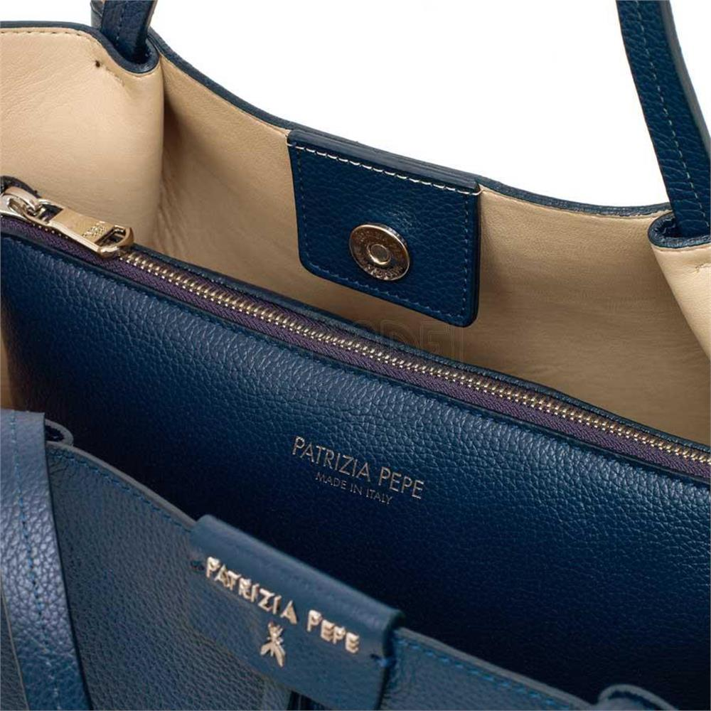borsa-shopping-patrizia-pepe-in-pelle-2v8895-c475-dress-blue_medium_image_4